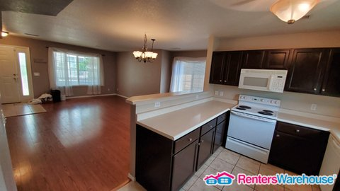 property_image - Townhouse for rent in Aurora, CO